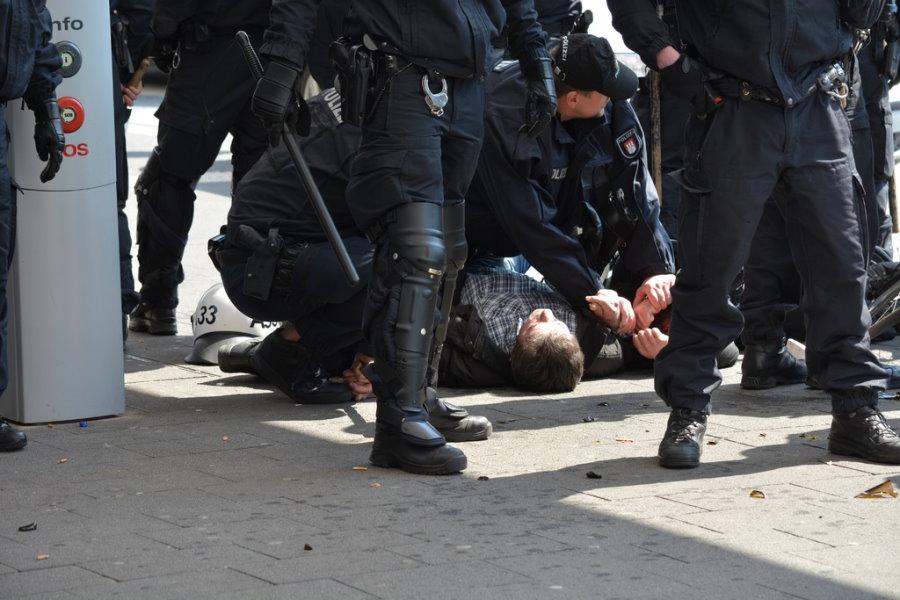 Prospectiva. Seguridad. Foto de manifestación y policía